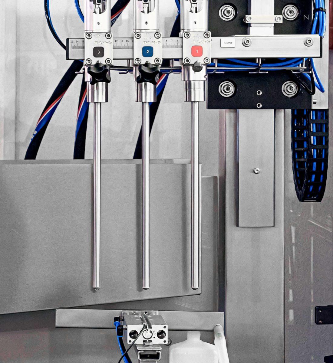 Das Füllsystem ist das funktionale Herzstück einer Abfüllanlage - F.W. Schmitt